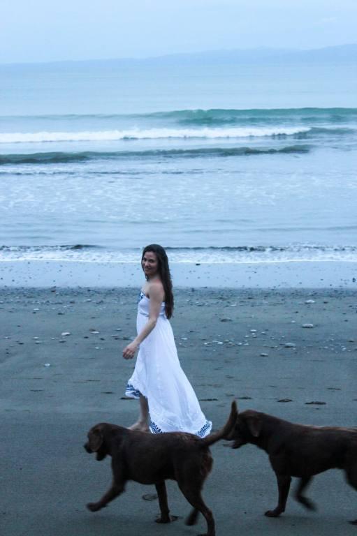 rebecca_dogs_beach 2